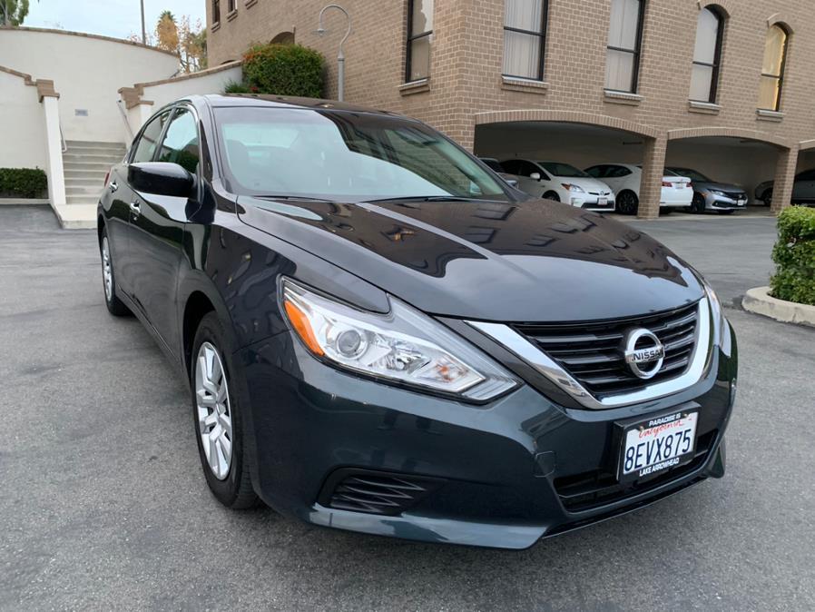 Used Nissan Altima 2.5 SR Sedan 2017   Carvin OC Inc. Lake Forest, California