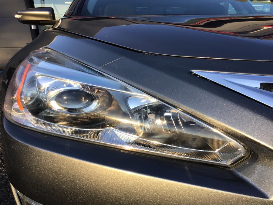 Used Nissan Altima 4dr Sdn I4 2.5 SV 2014   Capital Motor Group Inc. Medford, New York