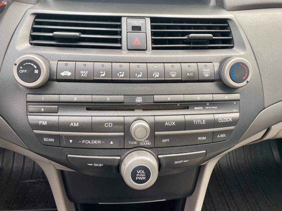 2009 Honda Accord Sdn 4dr I4 Auto LX, available for sale in Lindenhurst, New York | Rite Cars, Inc. Lindenhurst, New York