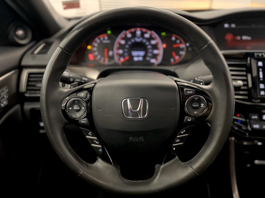 Used Honda Accord Coupe 2dr I4 CVT EX-L w/Navi & Honda Sensing 2016 | Luxury Motor Club. Franklin Square, New York