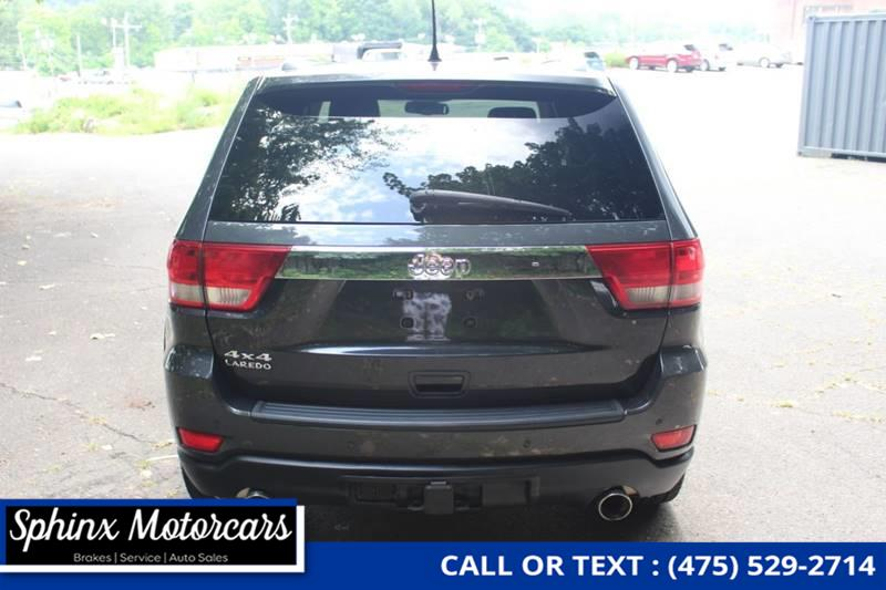 2011 Jeep Grand Cherokee Laredo X 4x4 4dr SUV, available for sale in Waterbury, Connecticut | Sphinx Motorcars. Waterbury, Connecticut
