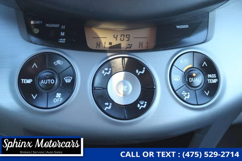 2006 Toyota Rav4 Limited 4dr SUV 4WD w/V6, available for sale in Waterbury, Connecticut | Sphinx Motorcars. Waterbury, Connecticut
