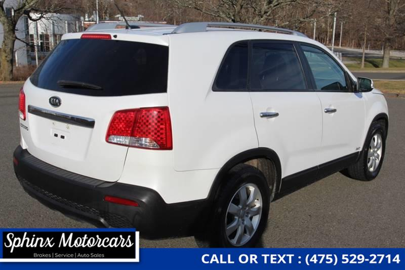 2012 Kia Sorento LX AWD 4dr SUV (V6), available for sale in Waterbury, Connecticut | Sphinx Motorcars. Waterbury, Connecticut