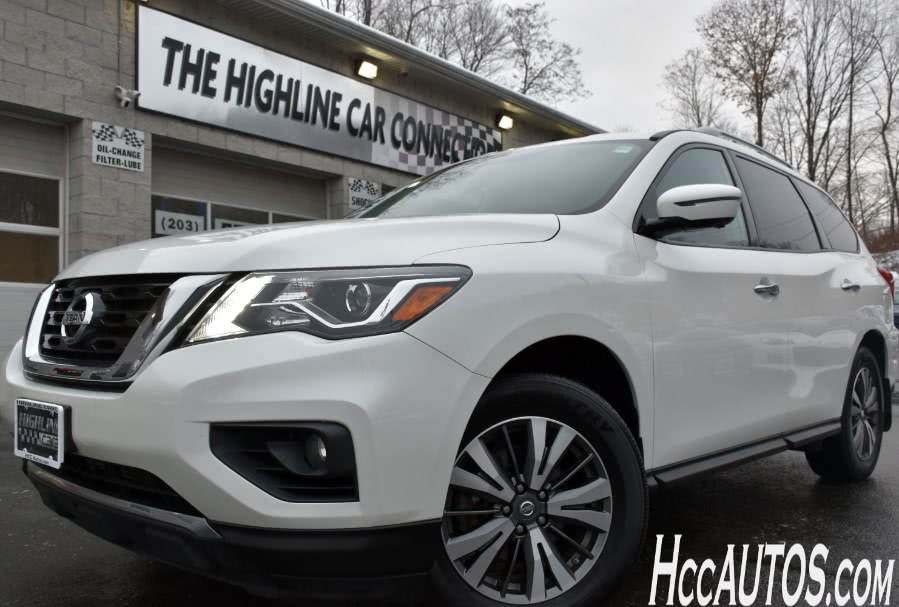 Used 2017 Nissan Pathfinder in Waterbury, Connecticut | Highline Car Connection. Waterbury, Connecticut