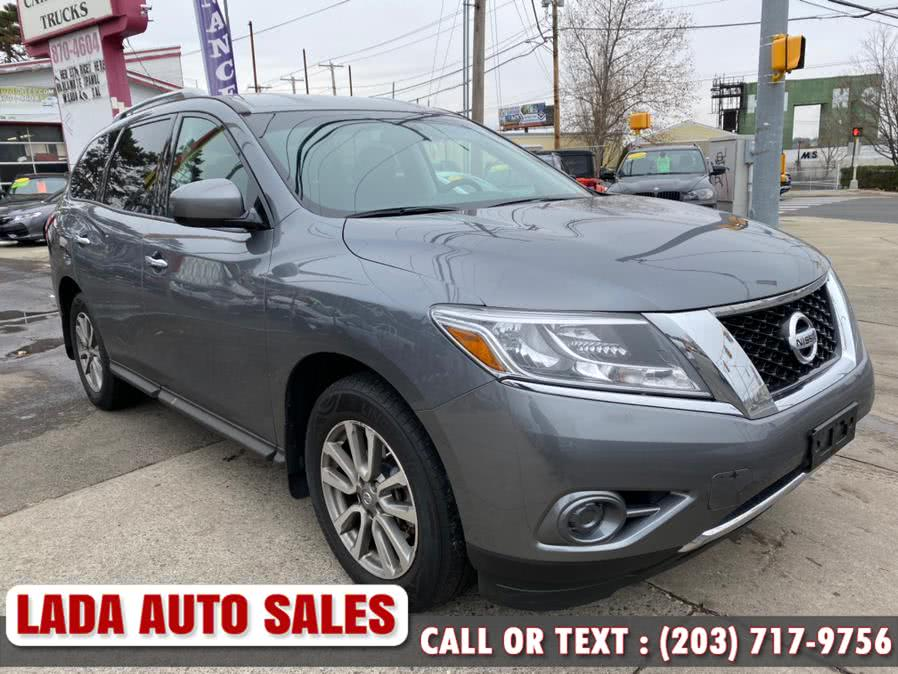 2015 Nissan Pathfinder 4WD 4dr S, available for sale in Bridgeport, Connecticut | Lada Auto Sales. Bridgeport, Connecticut