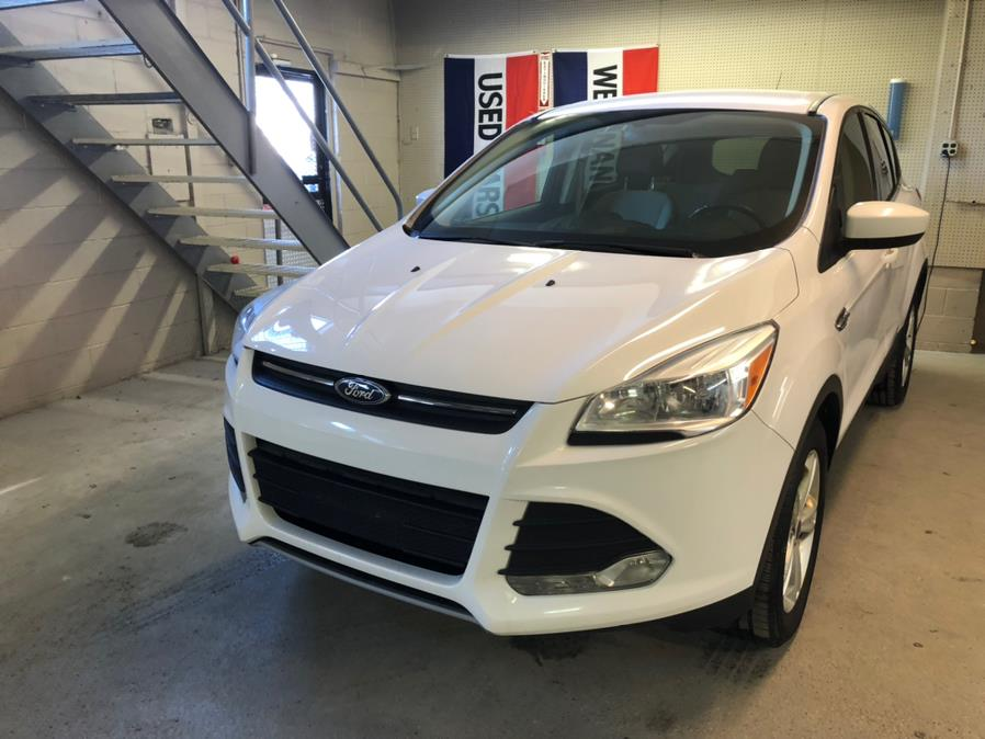 2014 Ford Escape 4WD 4dr SE, available for sale in Danbury, Connecticut | Safe Used Auto Sales LLC. Danbury, Connecticut