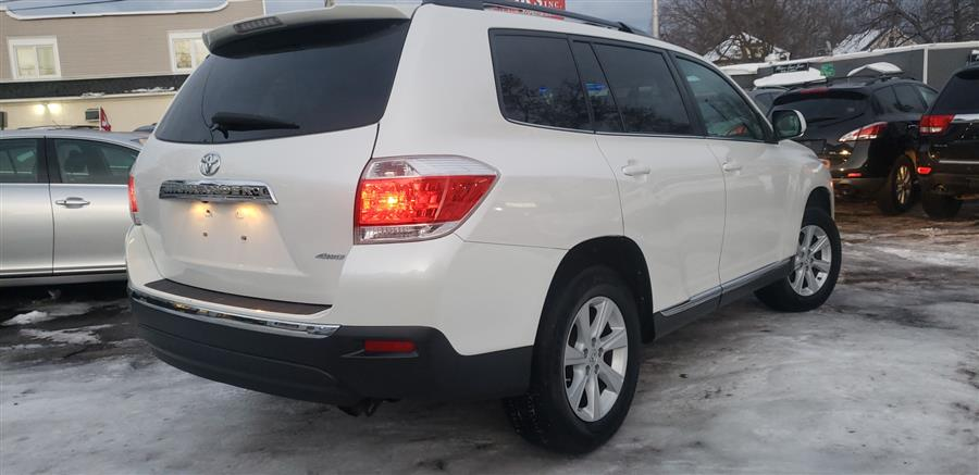 2012 Toyota Highlander 4WD 4dr V6 (Natl), available for sale in Springfield, Massachusetts | Absolute Motors Inc. Springfield, Massachusetts