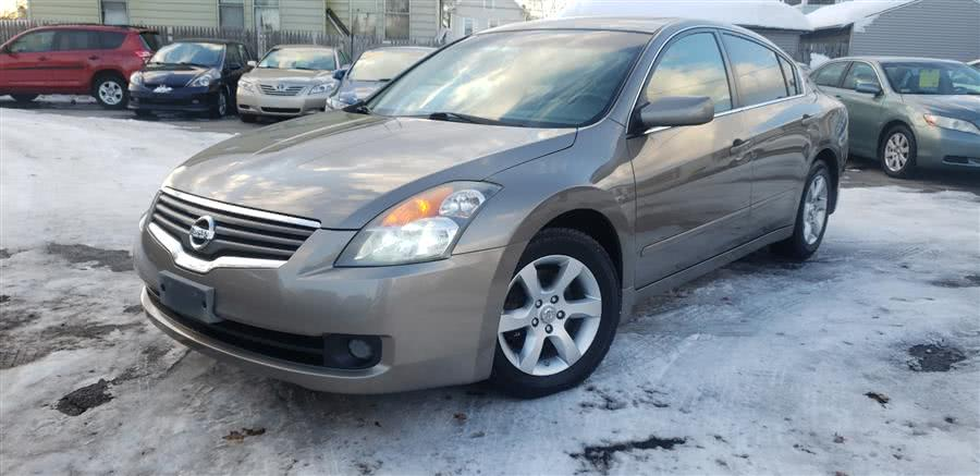 Used 2007 Nissan Altima in Springfield, Massachusetts | Absolute Motors Inc. Springfield, Massachusetts