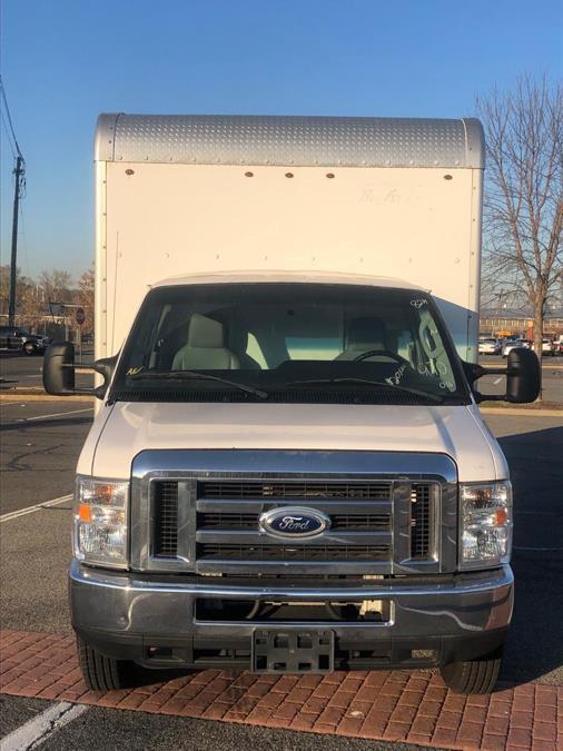 "Used Ford Econoline Commercial Cutaway E-350 Super Duty 176"" DRW 2016   TNT Auto Sales USA inc. Bronx, New York"