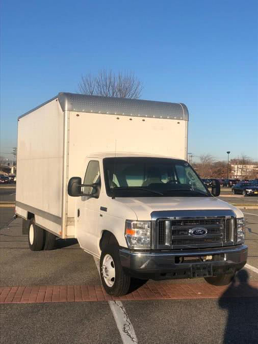 Used 2016 Ford Econoline Commercial Cutaway in Bronx, New York | TNT Auto Sales USA inc. Bronx, New York