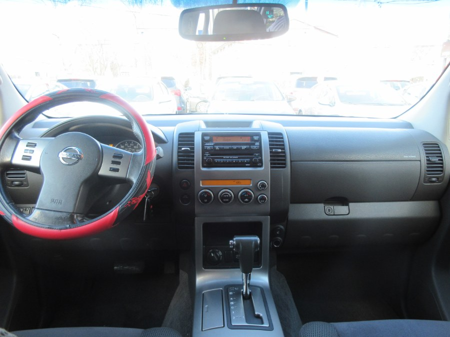 Used Nissan Pathfinder 4WD 4dr LE 2007 | Route 27 Auto Mall. Linden, New Jersey
