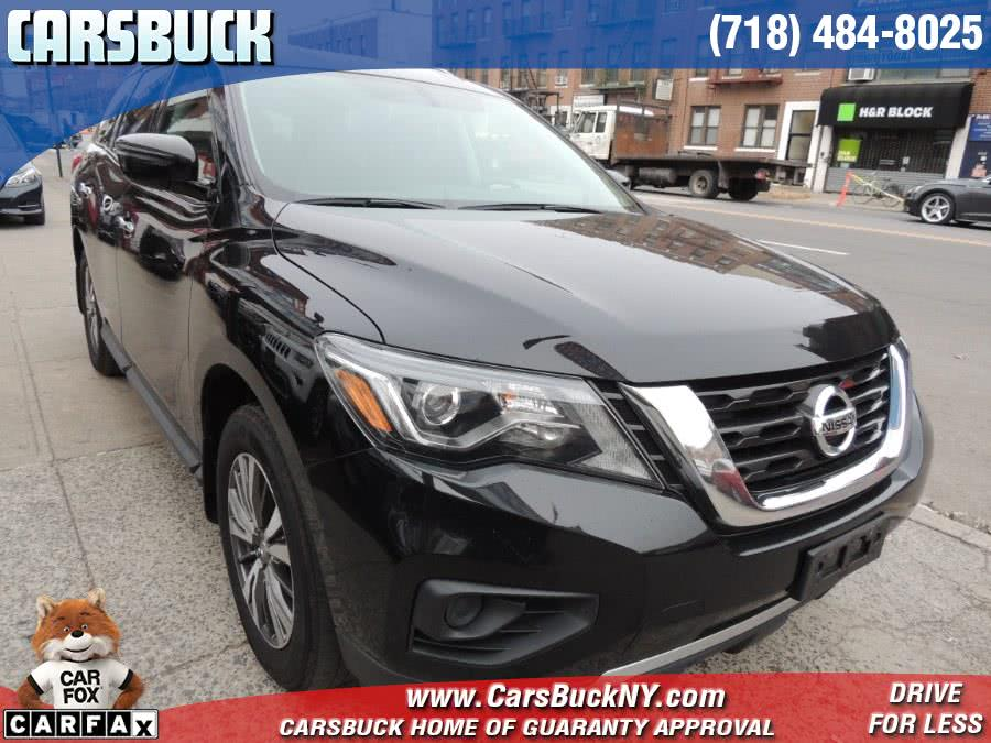 Used 2017 Nissan Pathfinder in Brooklyn, New York | Carsbuck Inc.. Brooklyn, New York