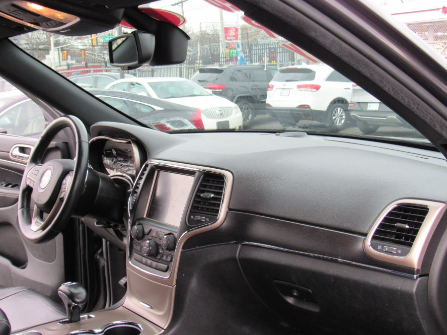 Used Jeep Grand Cherokee 4WD 4dr Limited 2014 | NJ Used Cars Center. Irvington, New Jersey