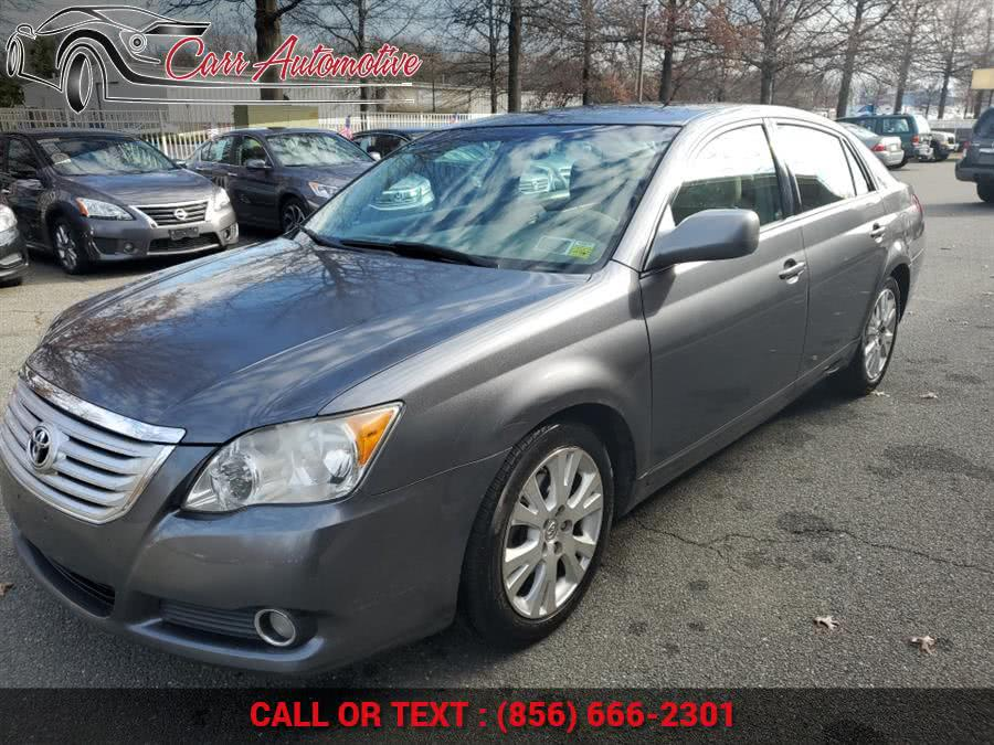 Used Toyota Avalon 4dr Sdn XLS (Natl) 2009 | Carr Automotive. Delran, New Jersey