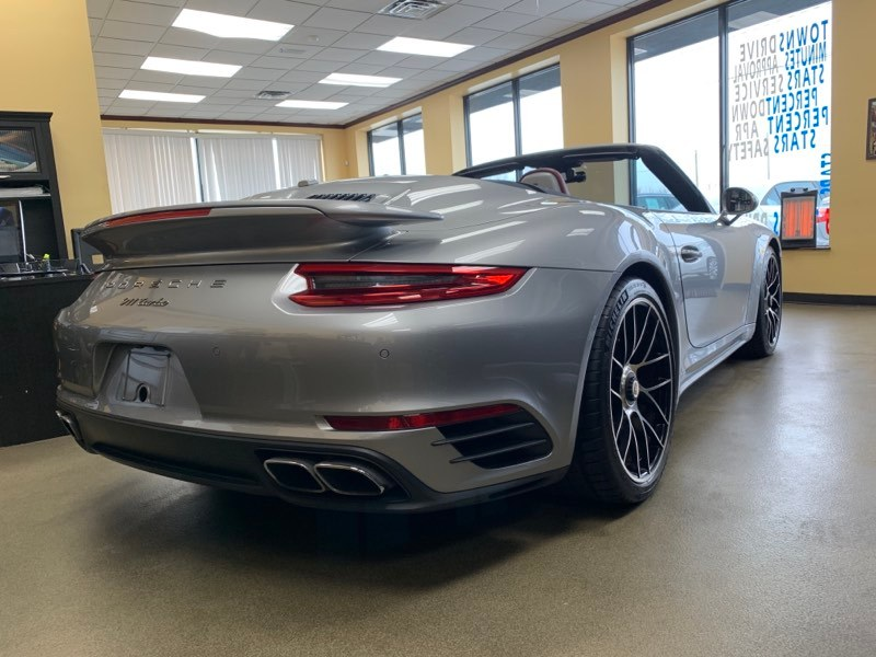 Used Porsche 911 Turbo Cabriolet 2017 | 5 Towns Drive. Inwood, New York