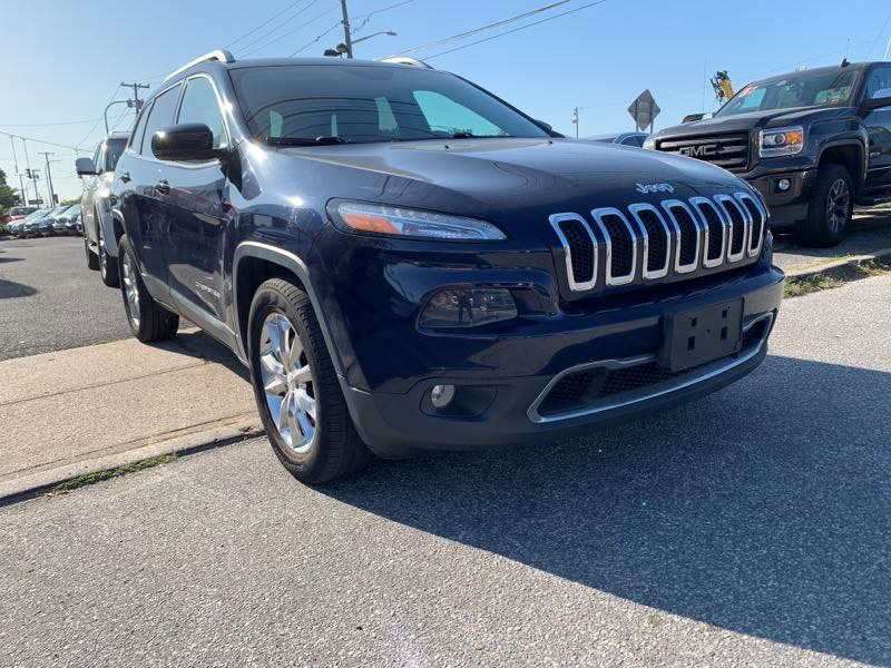 Used Jeep Cherokee 4WD 4dr Limited 2015 | 5 Towns Drive. Inwood, New York