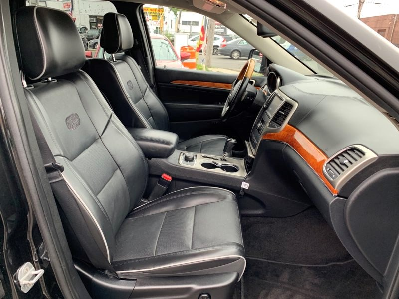 2011 Jeep Grand Cherokee 4WD 4dr Overland, available for sale in Inwood, New York   5townsdrive. Inwood, New York