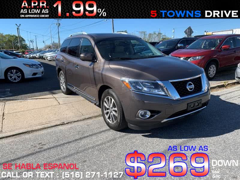 Used Nissan Pathfinder 4WD 4dr SL 2016 | 5 Towns Drive. Inwood, New York