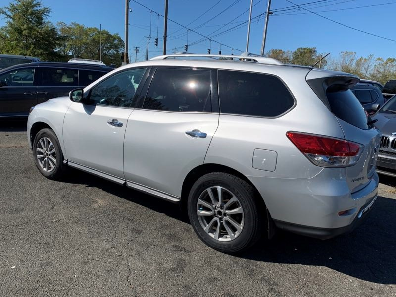 Used Nissan Pathfinder 4WD 4dr S 2015 | 5 Towns Drive. Inwood, New York