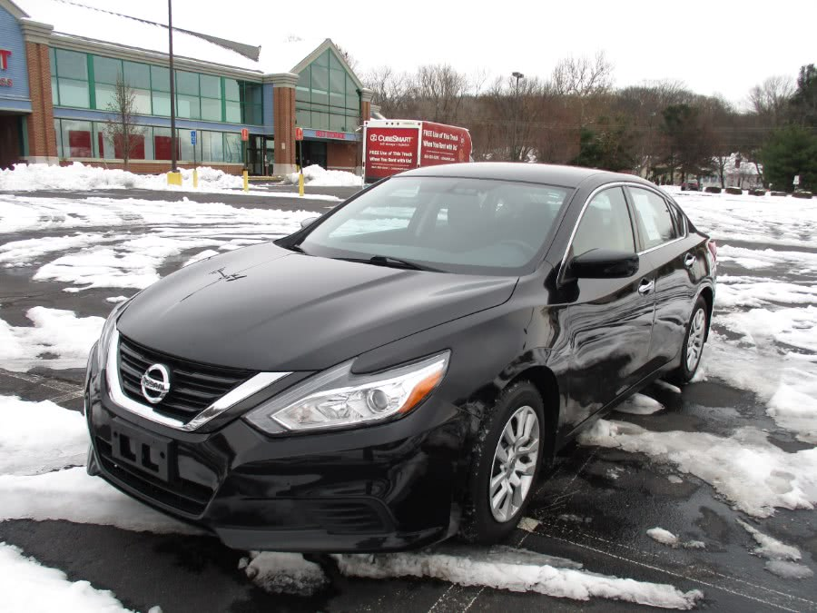 Used 2016 Nissan Altima in New Britain, Connecticut | Universal Motors LLC. New Britain, Connecticut