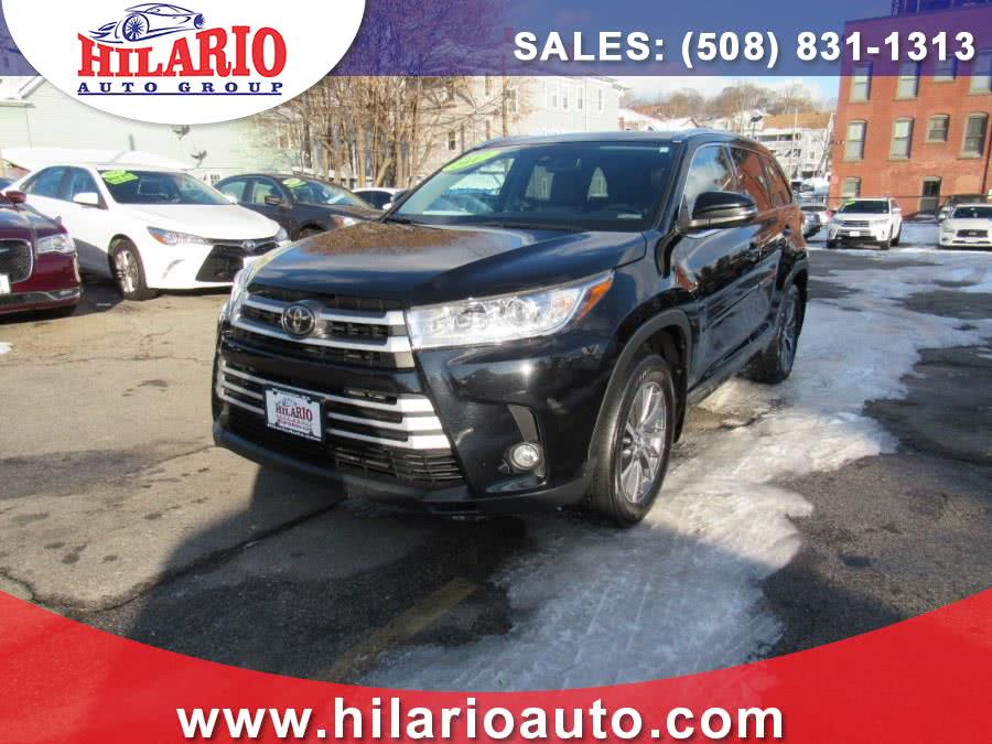 Used 2017 Toyota Highlander in Worcester, Massachusetts | Hilario's Auto Sales Inc.. Worcester, Massachusetts
