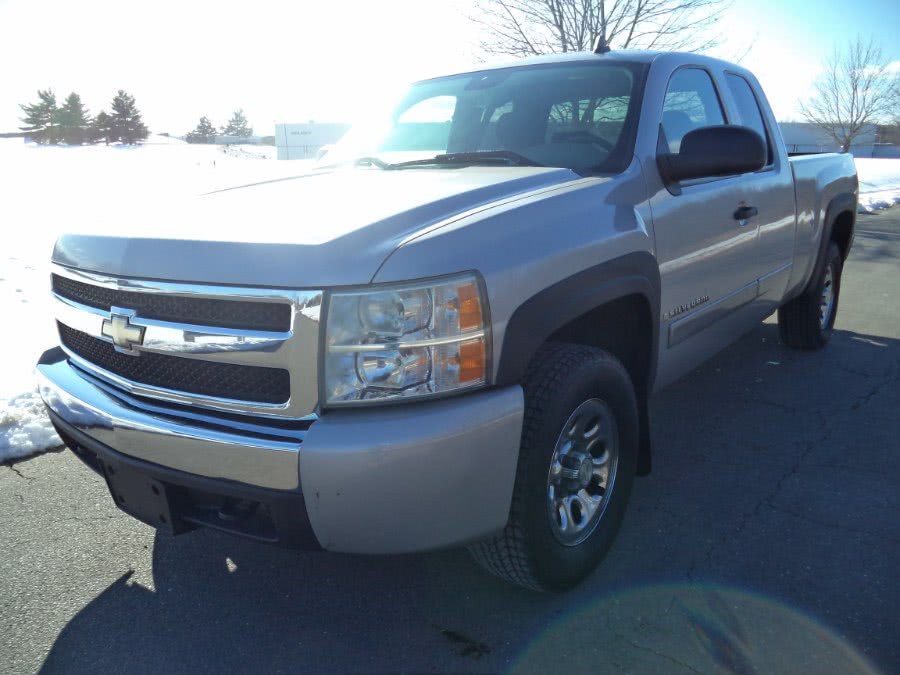Used 2008 Chevrolet Silverado 1500 in Berlin, Connecticut | International Motorcars llc. Berlin, Connecticut