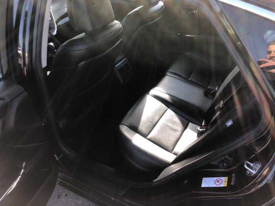 Used Toyota Avalon 4dr Sdn XLE (Natl) 2016 | Signature Auto Sales. Franklin Square, New York