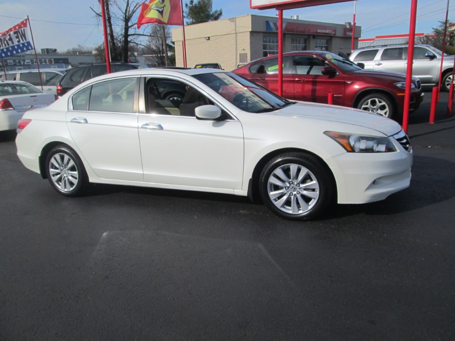 2011 Honda Accord Sdn 4dr V6 Auto EX-L w/Navi, available for sale in Levittown, Pennsylvania   Levittown Auto. Levittown, Pennsylvania