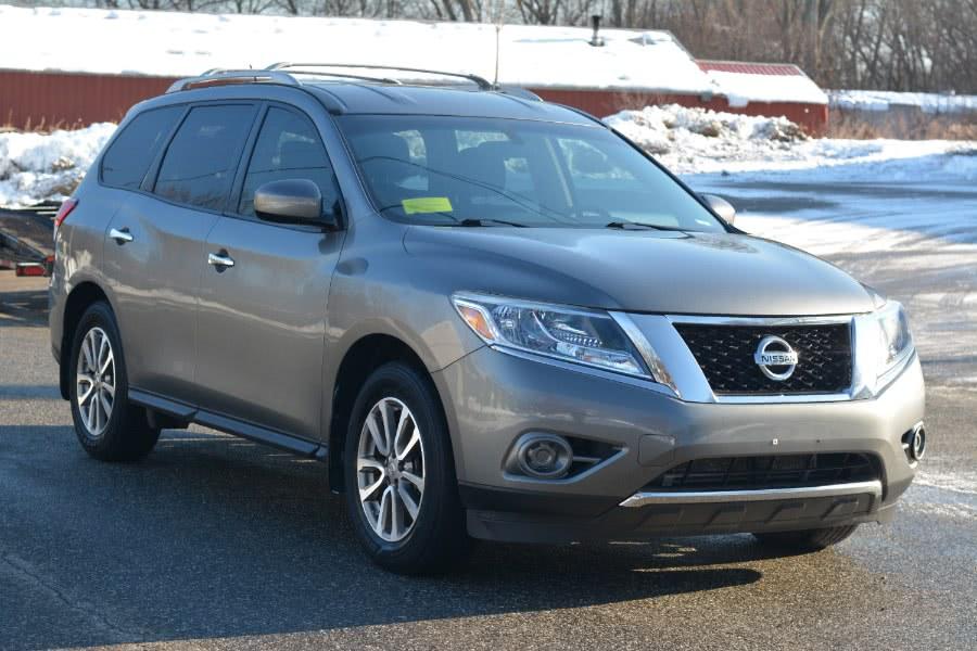 Used 2015 Nissan Pathfinder in Ashland , Massachusetts | New Beginning Auto Service Inc . Ashland , Massachusetts