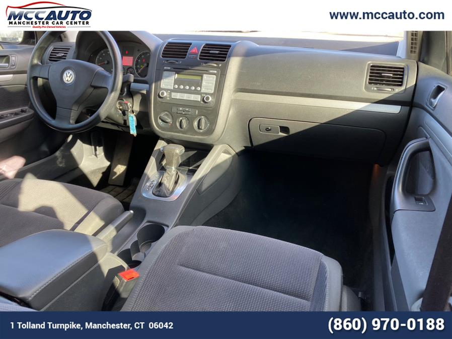 2008 Volkswagen Jetta Sedan 4dr Auto S PZEV, available for sale in Manchester, Connecticut | Manchester Car Center. Manchester, Connecticut
