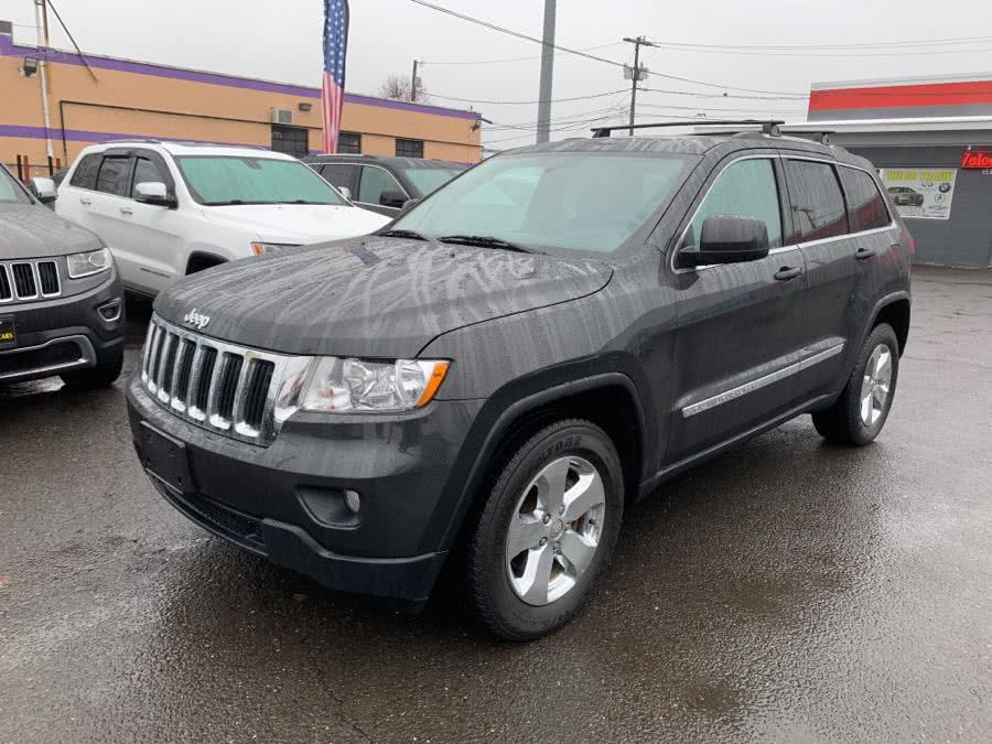 Used 2011 Jeep Grand Cherokee in West Hartford, Connecticut | Auto Store. West Hartford, Connecticut