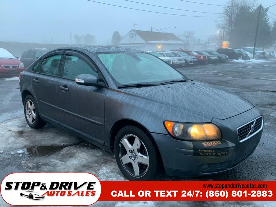 Used Volvo S40 4dr Sdn 2.5L Turbo AT AWD w/Snrf 2007 | Stop & Drive Auto Sales. East Windsor, Connecticut