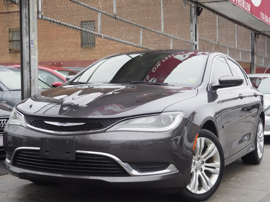 Used 2016 Chrysler 200 in Jamaica, New York | Hillside Auto Mall Inc.. Jamaica, New York