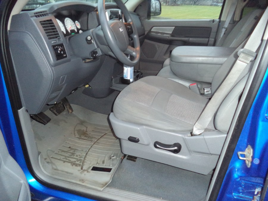 "Used Dodge Ram 1500 4WD Quad Cab 140.5"" SLT 2008 | International Motorcars llc. Berlin, Connecticut"