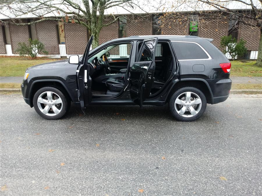 2013 Jeep Grand Cherokee 4WD 4dr Overland, available for sale in Shirley, New York | Roe Motors Ltd. Shirley, New York