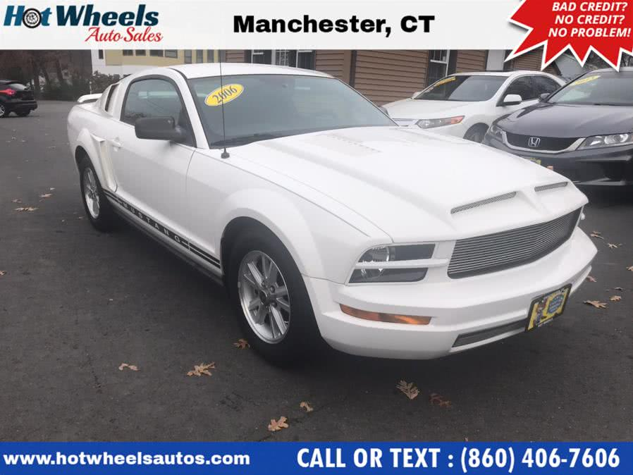 Used 2006 Ford Mustang in Manchester, Connecticut | Hot Wheels Auto Sales LLC. Manchester, Connecticut