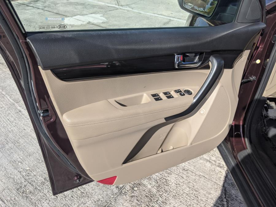 2012 Kia Sorento 2WD 4dr I4 LX, available for sale in Orlando, Florida | 2 Car Pros. Orlando, Florida