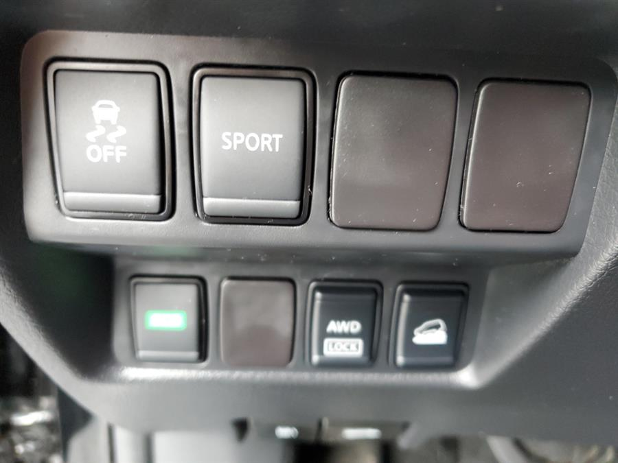 Used Nissan Rogue AWD 4dr SV 2016 | Saybrook Motor Sports. Old Saybrook, Connecticut