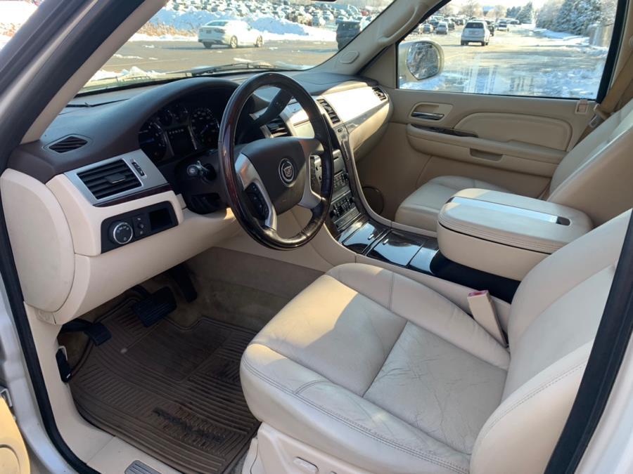 Used Cadillac Escalade AWD 4dr 2007 | Riverside Auto Center LLC. Bristol , Connecticut