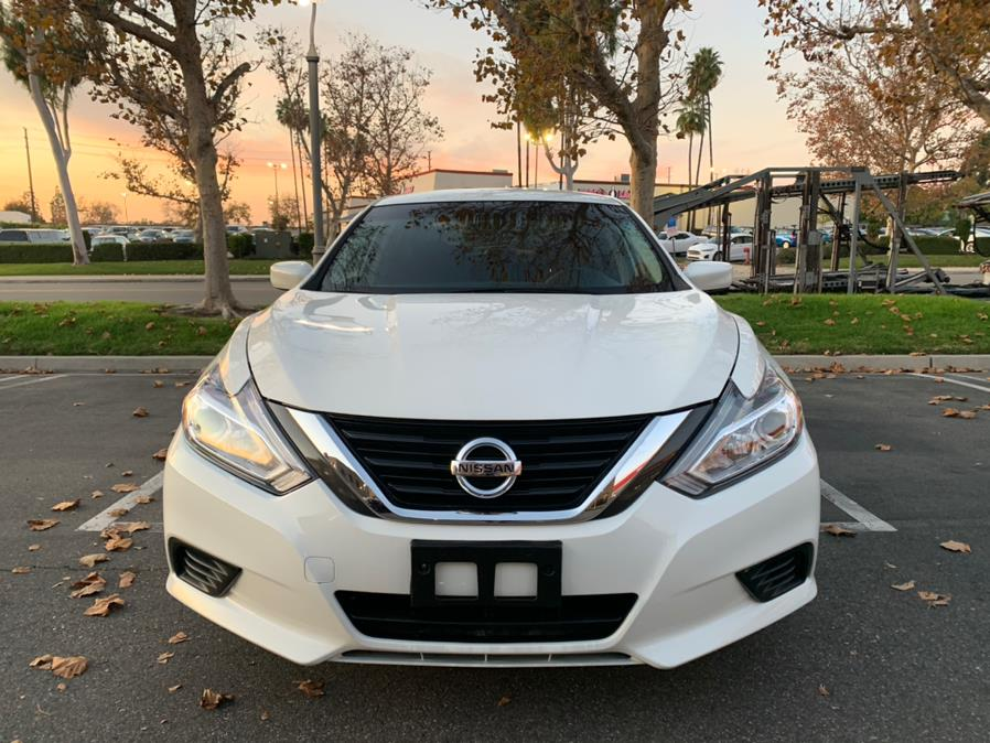Used Nissan Altima 2.5 SV Sedan 2017 | Carvin OC Inc. Lake Forest, California