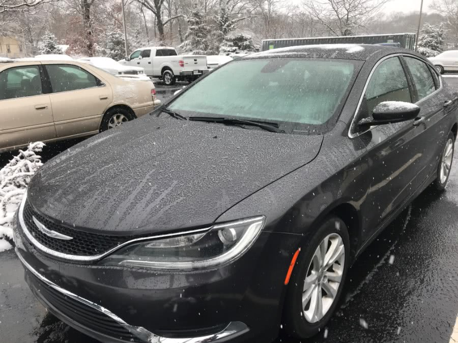 Used Chrysler 200 4dr Sdn Limited FWD 2015 | Premier Automotive Sales. Warwick, Rhode Island