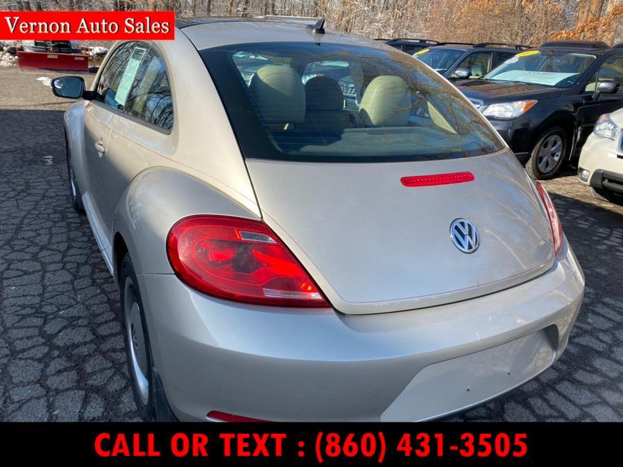 Used Volkswagen Beetle Coupe 2dr Auto 2.5L w/Sun/Sound/Nav PZEV 2013 | Vernon Auto Sale & Service. Manchester, Connecticut