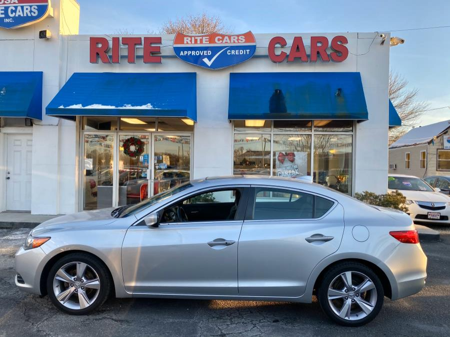 2013 Acura ILX NAVIGATION 4dr Sdn 2.0L Tech Pkg, available for sale in Lindenhurst, New York | Rite Cars, Inc. Lindenhurst, New York