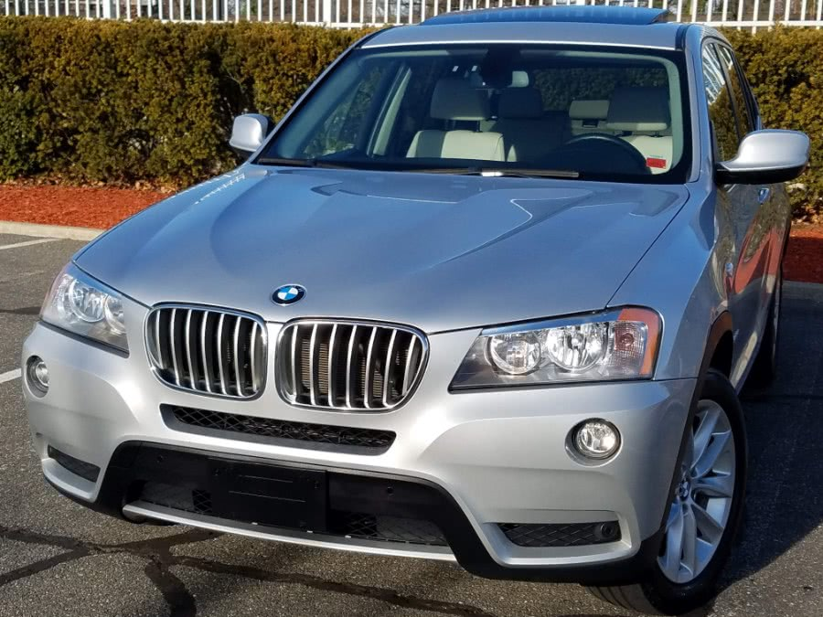 Used BMW X3 xDrive28i AWD w/Leather,Navigation ,Back-up Camera,Panoramic Roof 2013