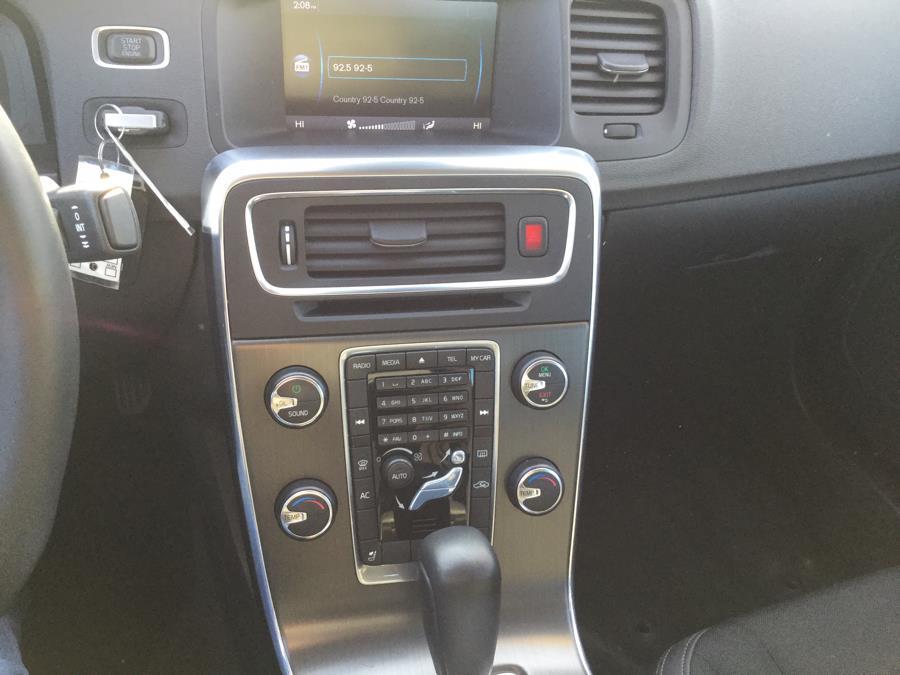 Used Volvo S60 FWD 4dr Sdn T5 2012 | L&S Automotive LLC. Plantsville, Connecticut