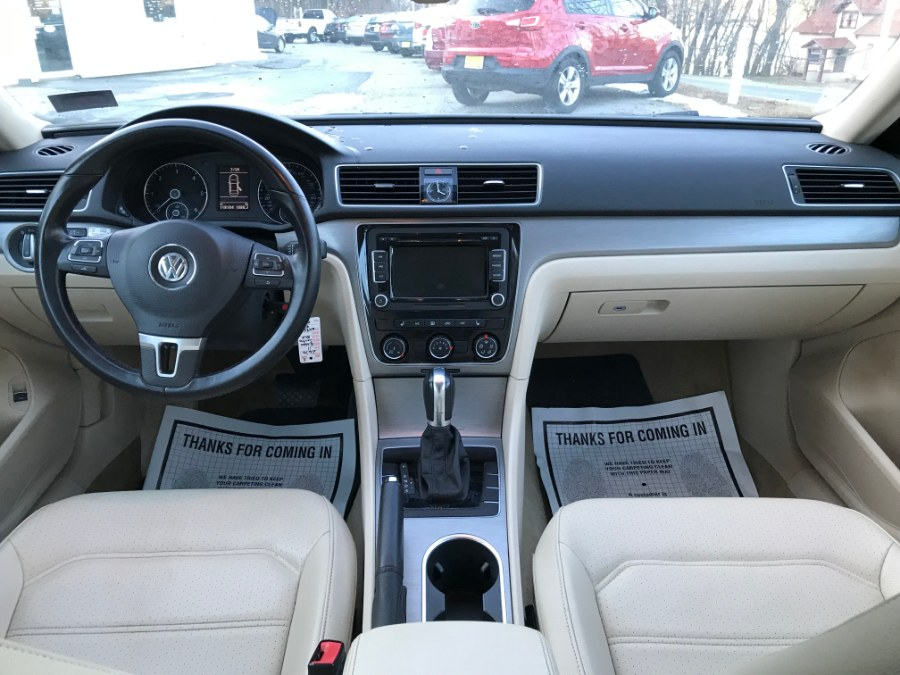 Used Volkswagen Passat 4dr Sdn 2.0L DSG TDI SE w/Sunroof & Nav 2014 | Supreme Cars and Trucks . Bow , New Hampshire