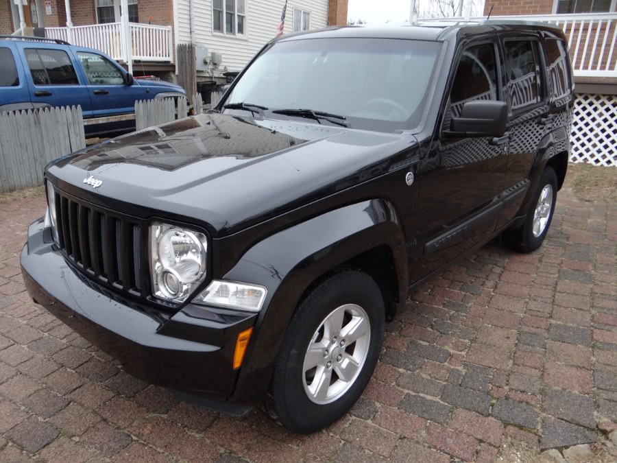 Used Jeep Liberty 4WD 4dr Sport 2011 | SGM Auto Sales. West Babylon, New York