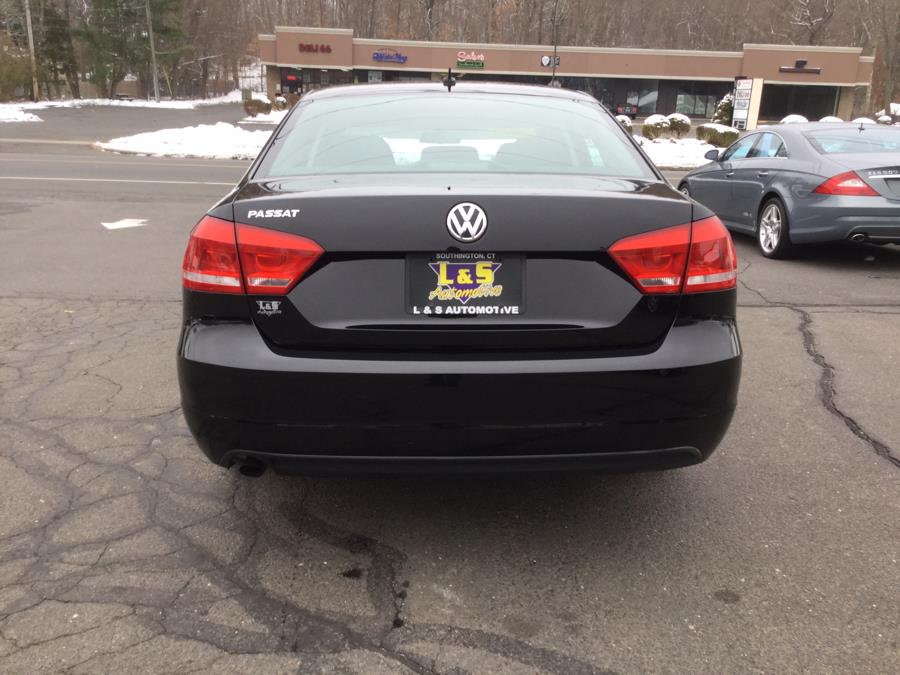 Used Volkswagen Passat 4dr Sdn 2.5L Auto S w/Appearance 2012 | L&S Automotive LLC. Plantsville, Connecticut