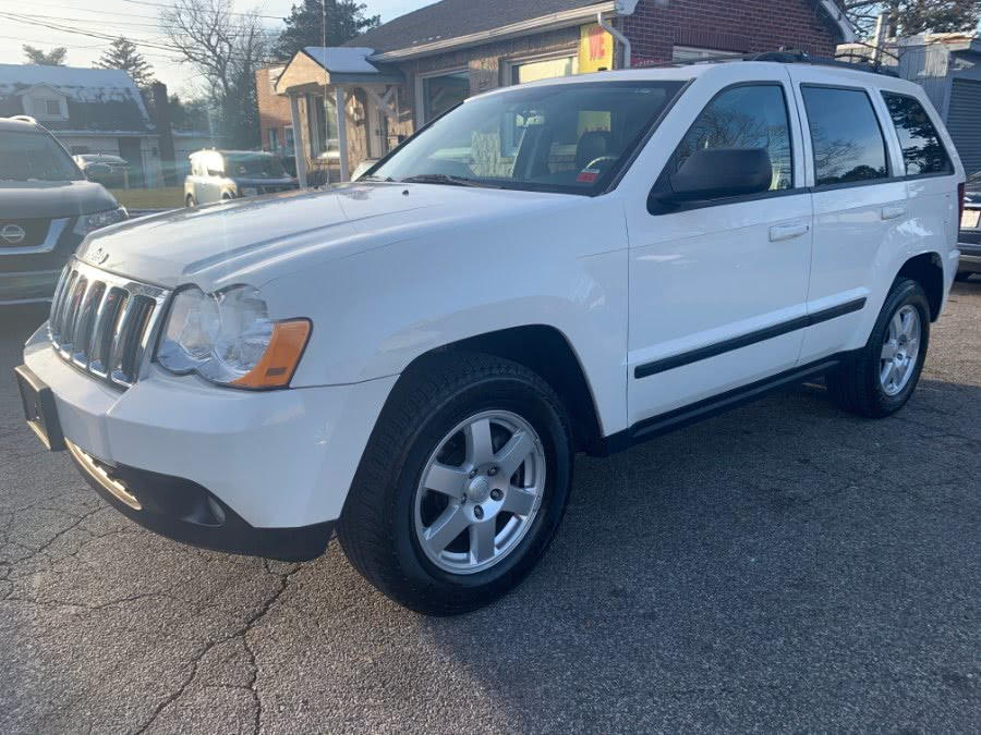 2008 Jeep Grand Cherokee 4WD 4dr Laredo, available for sale in Huntington, New York | White Glove Auto Leasing Inc. Huntington, New York