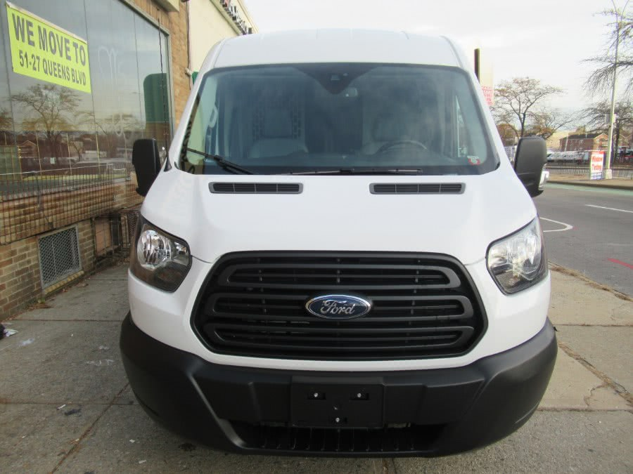 Used 2019 Ford Transit Van in Woodside, New York | Pepmore Auto Sales Inc.. Woodside, New York